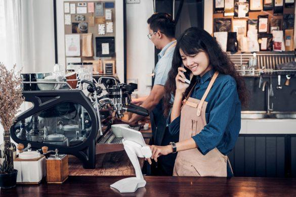 飲食店におけるPOSレジの未来予想図。作業効率化とサービスの変化について